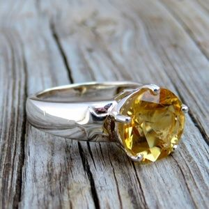Sterling Silver Star Embossed Natural Citrine Ring